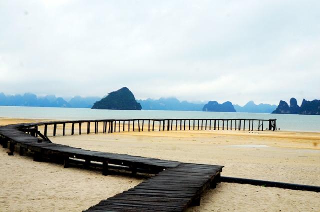 hình ảnh biển vân đồn