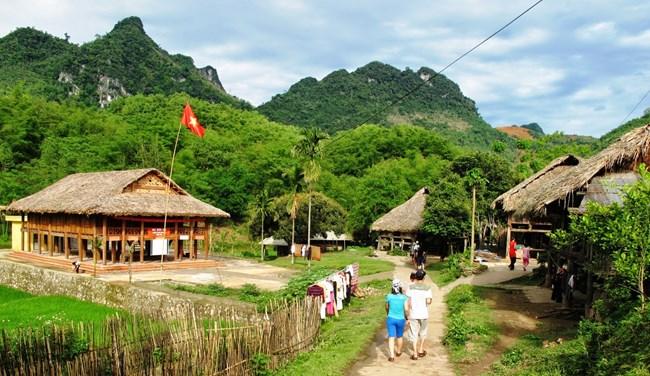 Mai Châu có khá nhiều cảnh đẹp nên thơ, trữ tình