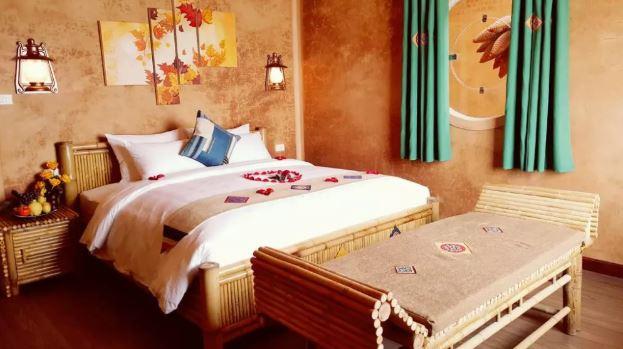 Hình ảnh căn phòng bằng tre và đất sét ở khách sạn Sapa Clay House