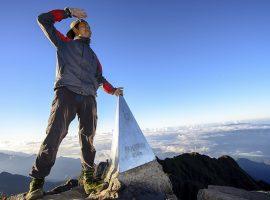 Thời tiết Sapa tháng 7 rất phù hợp với những du khách muốn chinh phục đỉnh Fansipan