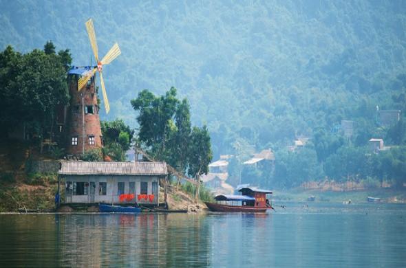 Thung Nai Hòa Bình có nhiều địa điểm tuyệt đẹp để khám phá