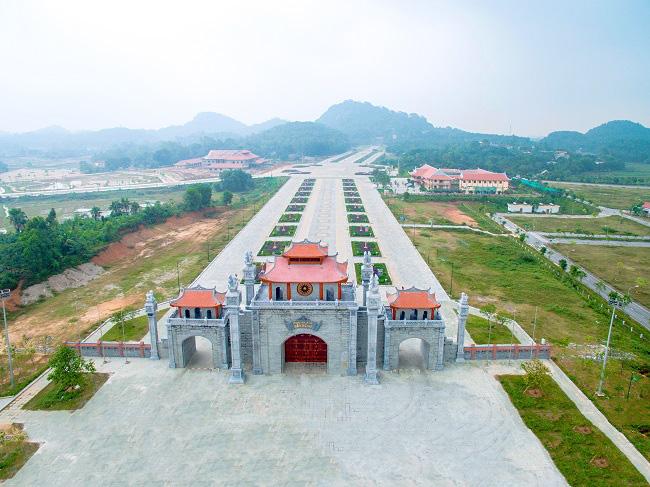 Hình ảnh cổng vào khu di tích đền Hùng, Phú Thọ