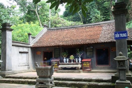 Hình ảnh đền Trung tại đền Hùng