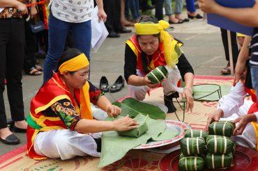Đến với lễ hội Đền Hùng, du khách sẽ được tham gia rất nhiều hoạt động