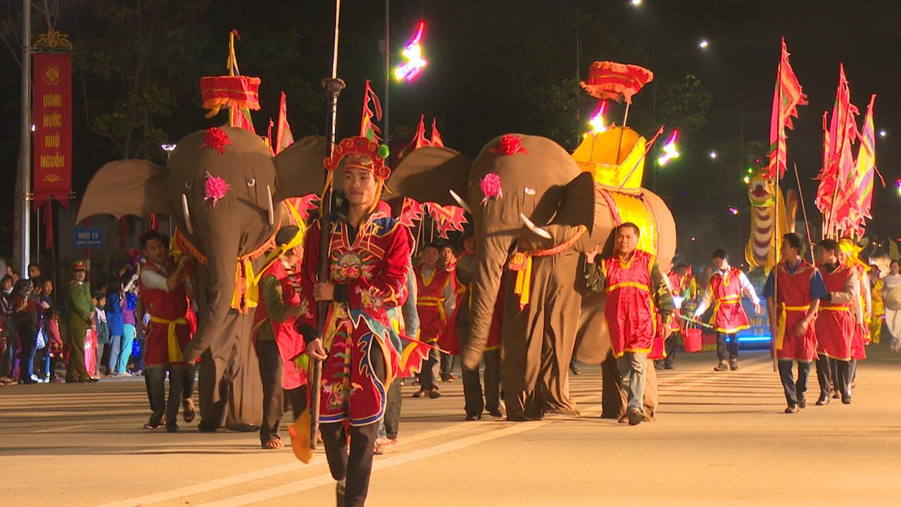 Các tiết mục trong lễ hội đường phố đền Hùng luôn được chuẩn bị kỹ càng