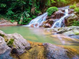 Khoang Xanh Suối Tiên là khu nghỉ dưỡng lý tưởng với cảnh quan thơ mộng